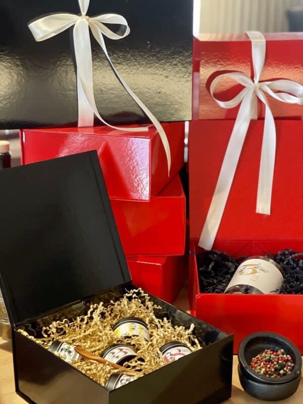 Geschenkbox 2 mit Magnetverschluss schwarz scaled