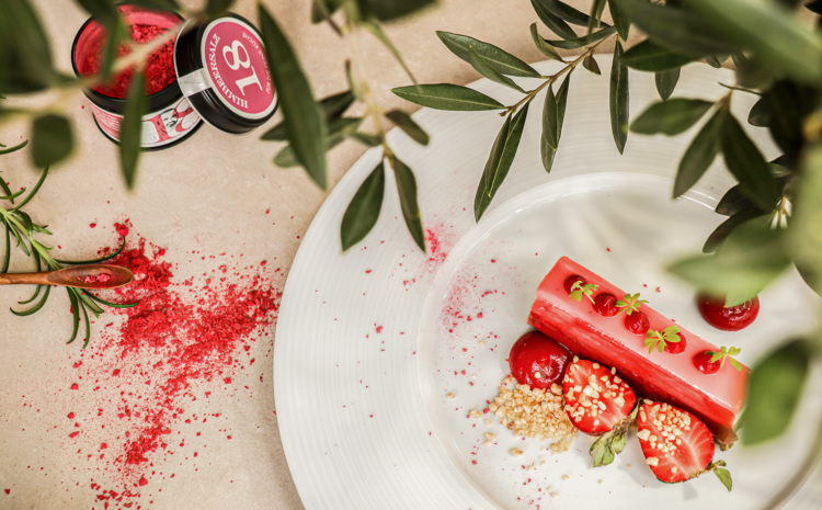 Rezept: No-Bake Strawberry & Yogurt Cake